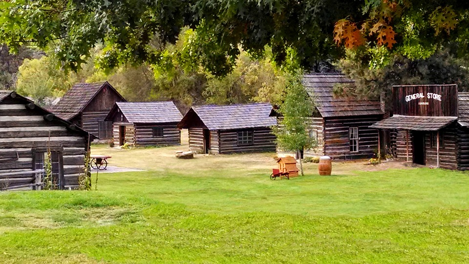 ghost-town-505524_960_720